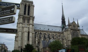 The-Paris-Itinerary-Notre-Dame-from-the-side