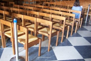 The-Paris-Itinerary-2014-Notre-Dame-service-chairs