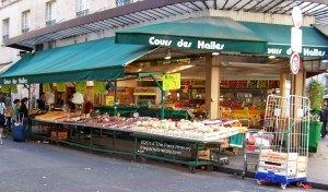 The-Paris-Itinerary-2014-Paris-Street-Market-Stall